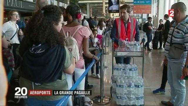 Aéroports: la grande pagaille des files d'attente