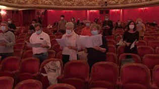 """Dans le cadre de l'opération """"Tous à l'Opéra"""", des amateurs ont chanté avec le choeur de l'Opéra de Lorraine. (L.Poli / France Télévisions)"""