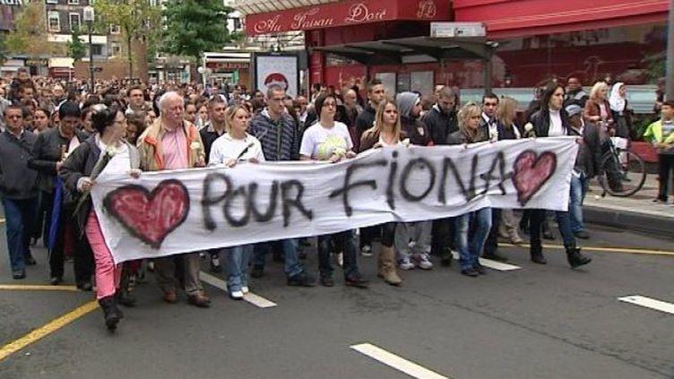 Le père de Fiona, Nicolas Chafoulais, était présent en tête du cortège (4e en partant de la gauche) à Clermont-Ferrand dimanche 6 octobre. (FRANCE 3 AUVERGNE)