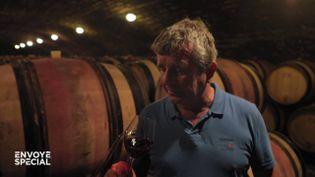 """""""Moi, je serais acheteur, à ce prix-là, je n'en achèterais pas"""", parole de viticulteur dépassé par la spéculation sur ses vins de Bourgogne (ENVOYÉ SPÉCIAL  / FRANCE 2)"""