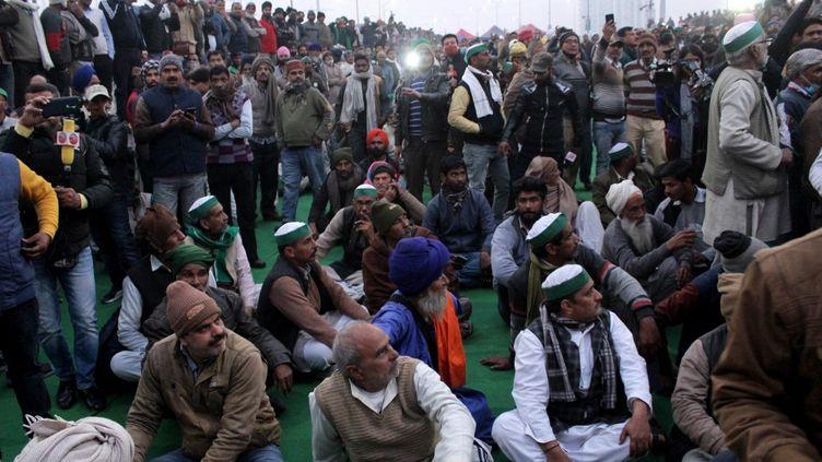 Des agriculteurs indiens manifestent à New Delhi en Inde contre des réformes agricoles, le 28 janvier 2021. (MAYANK MAKHIJA / NURPHOTO / AFP)