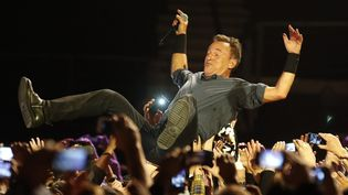 Bruce Springsteen en concert à Santiago du Chili le 12 septembre 2013  (FELIPE TRUEBA/EPA/MAXPPP)