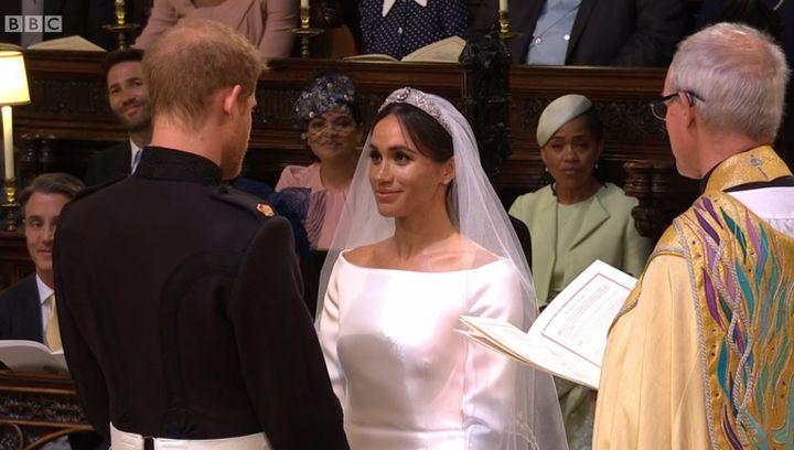 À l'église au moment de prononcer leurs vœux...  (Capture écran BBC)