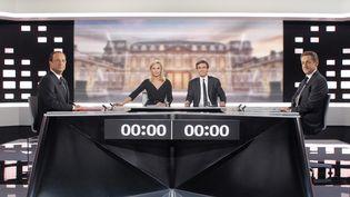 Débat télévisé entre François Hollande et Nicolas Sarkozy, le 2 mai 2012. (PATRICK KOVARIK / POOL)