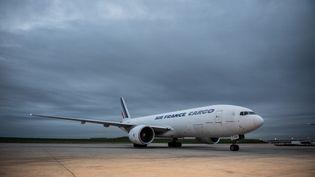 Un Boeing 777 Cargo de la compagnie Air France, le 29 octobre 2019 à l'aéroport de Roissy. (MARTIN BUREAU / AFP)
