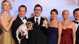 """L'Equipe de """"The Artist"""" reçoit le Golden Globe de la Meilleure comédie  (AFP/ROBYN BECK)"""