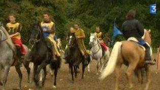 """""""Excalibur"""" : essayage des costumes avant le Stade de France  (Culturebox)"""