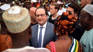 Le président de la République, François Hollande, le 13 mai 2016 à Bangui (Centrafrique). (STEPHANE DE SAKUTIN / AFP)