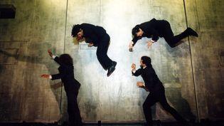 """Le spectacle mythique d'Aurélien Bory """"Plan B"""" a été joué partout dans le monde depuis sa création en 2003  (Aglaé Bory)"""