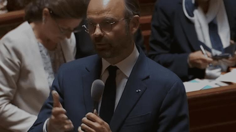 Edouard Philippe aux questions d'actualité au gouvernement (Public Sénat)