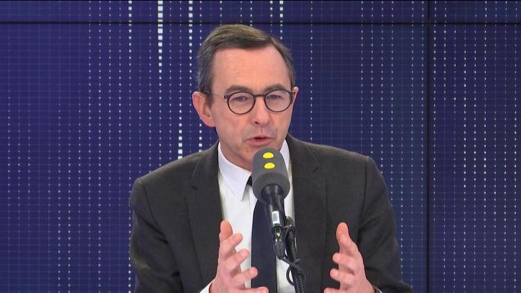 """Bruno Retailleau, sénateur de Vendée, président du groupe Les Républicains, invité du """"8h30 franceinfo"""", mercredi 22 janvier 2020. (FRANCEINFO / RADIOFRANCE)"""