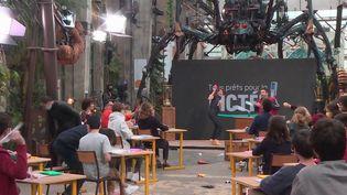 Grande dictée de France 3 : en coulisses avec les participants et les maîtres de cérémonie (France 3)