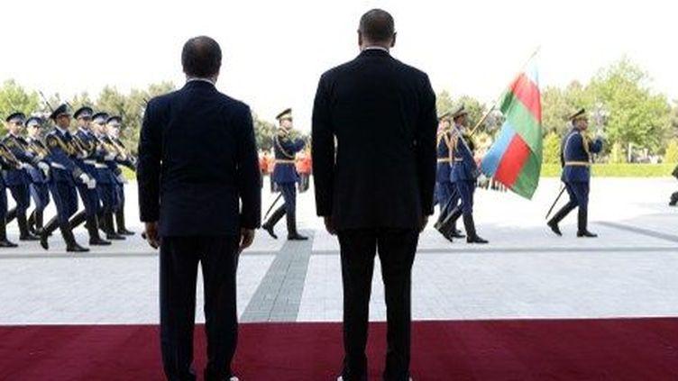 En visite dans le Caucase, François Hollande a veillé à ne pas vexer la Russie. ( AFP PHOTO / STEPHANE DE SAKUTIN)