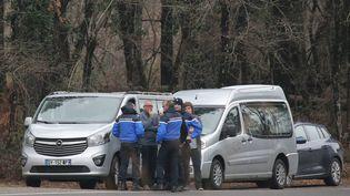 A Salles, en Gironde, où les corps d'un père et son fils, poursuivi pour la mort d'un gendarme, ont été retrouvés le 20 février 2018. (MAXPPP)
