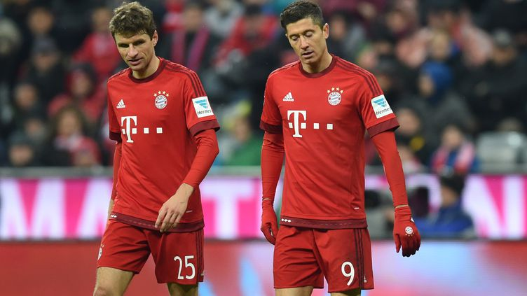 Thomas Müller et Robert Lewandowski (Bayern Munich) (CHRISTOF STACHE / AFP)