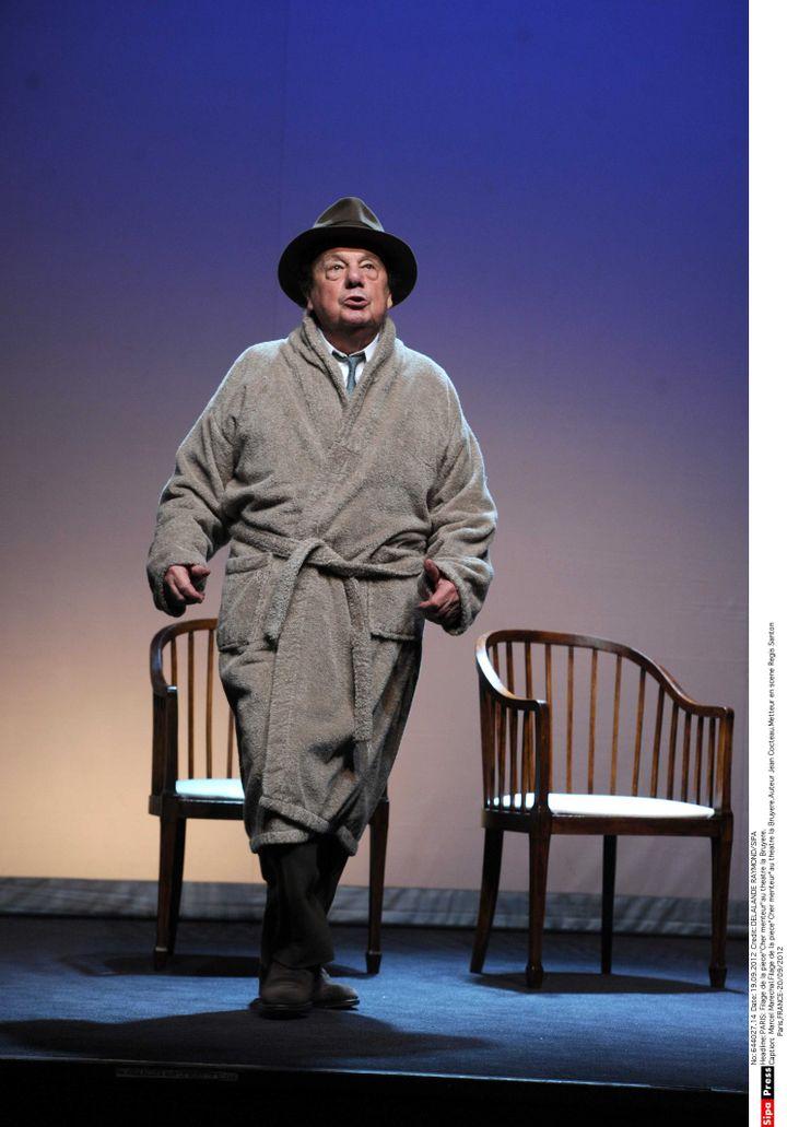 """Marcel Marechal au filage de la pièce """"Cher menteur""""au theatre la Bruyere (DELALANDE RAYMOND/SIPA)"""