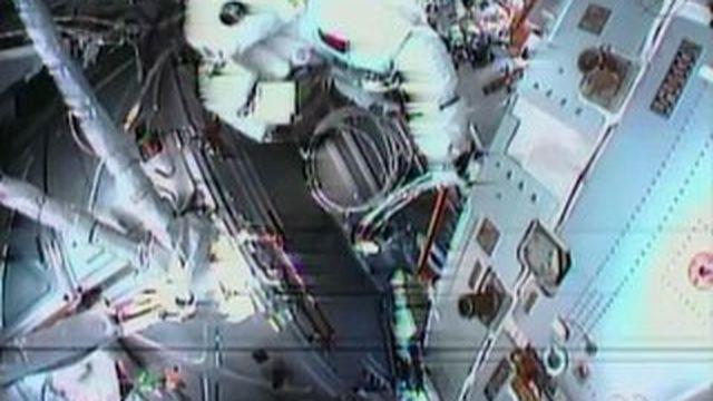 VIDEO. Un astronaute abandonne sa sortie de l'espace, pour une fuite dans le casque
