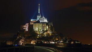 Tous l'été, le Mont Saint-Michel révèle sa lumière intérieure.  (Luc Arden)