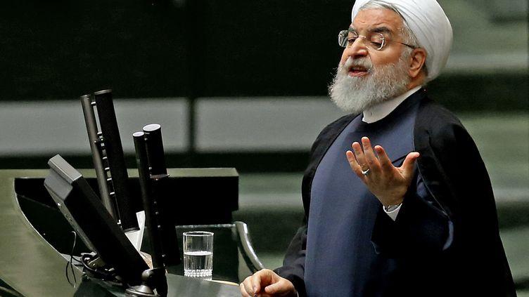 Le président iranien Hassan Rohani devant le Parlement de Téhéran (Iran), le 3 septembre 2019. (ATTA KENARE / AFP)