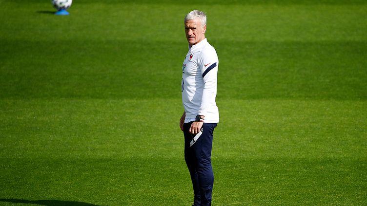 Le sélectionneur de l'équipe de France de football, Didier Deschamps, à Clairefontaine (Yvelines), le 27 mai 2021. (FRANCK FIFE / AFP)