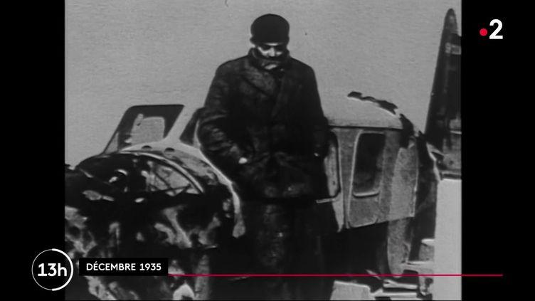 Le 31 juillet 1944, l'avion d'Antoine de Saint-Exupéry s'écrasait en mer au large de Marseille, abattu par un tir allemand. Ainsi disparaissait l'auteur du Petit prince, chef d'œuvre devenu succès planétaire. (France 2)