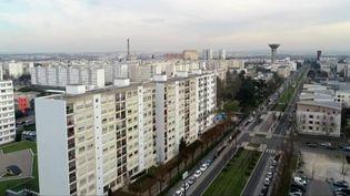 Le quartier des Minguettes, à Vénissieux (Rhône), où les trafiquants de drogue ont pignon sur rue. (FRANCE 2)