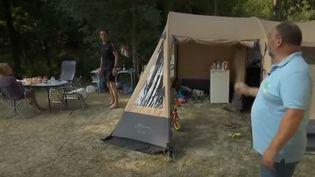 Drôme : comment les vacanciers au camping font face à la canicule (FRANCE 2)
