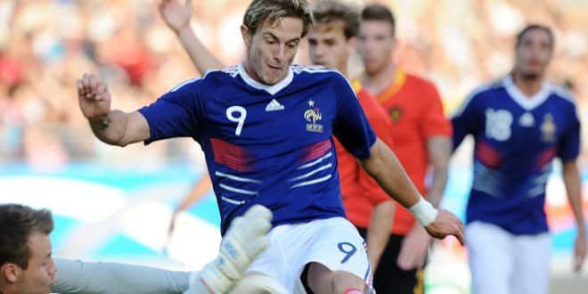 L'attaquant tricolore Nolan Roux lors de la rencontre face à la Belgique