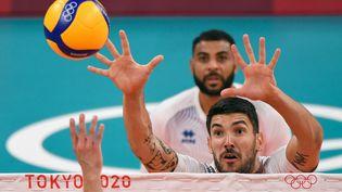 Nicolas Le Goff lors du match entre la France et la Tunisie aux Jeux olympiques de Tokyo, le 26 juillet (YURI CORTEZ / AFP)