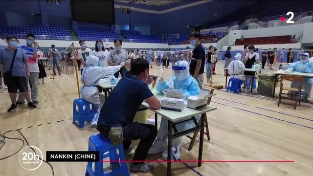 Covid-19 : à Nankin, en Chine, la résurgence de cas inquiète, mais les autorités se veulent rassurantes