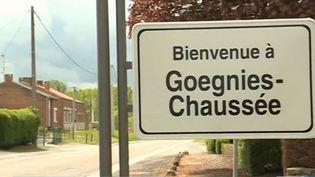 Dans le Nord, la commune de Gognies-Chaussée se situe à quelques pas de la frontière belge. À l'approche des élections européennes, une équipe de France 3 est allée interroger ses habitants. (FRANCE 3)