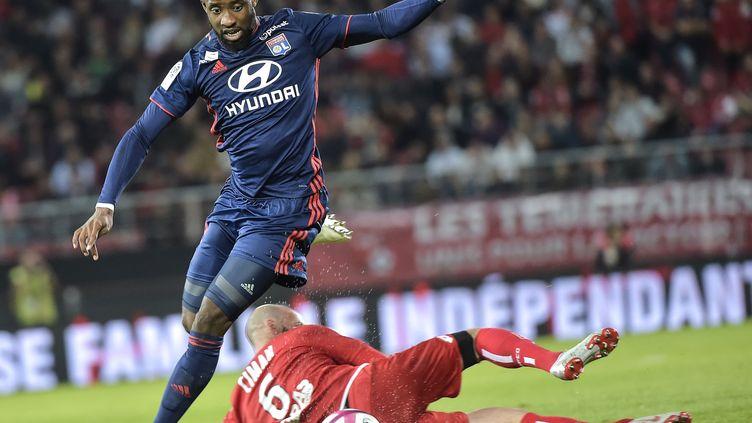 L'attaquant lyonnais Moussa Dembelé (ROMAIN LAFABREGUE / AFP)