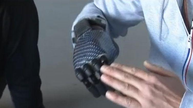 Gant bionique (FRANCE 3)