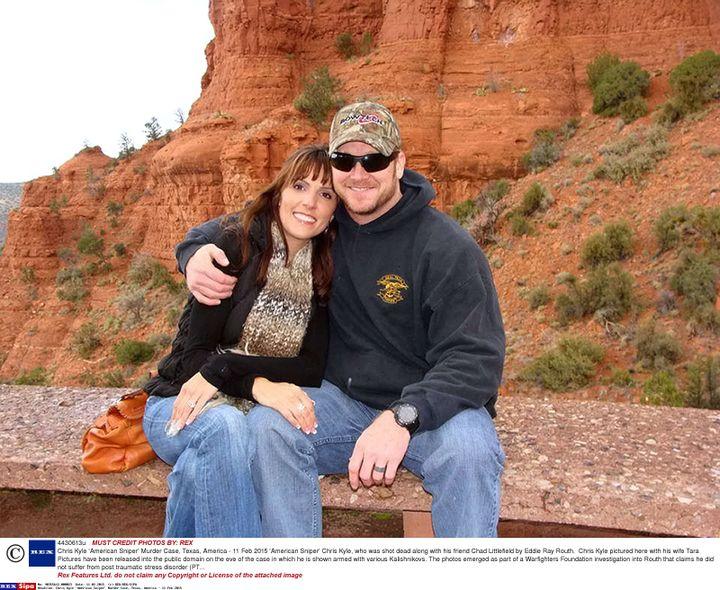 Chris Kyle et sa femme Taya (lieu et date de la photo non précisés). (REX/SIPA)