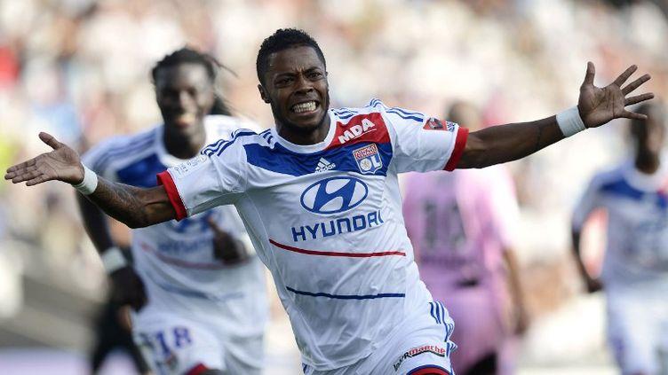 Michel Bastos a inscrit le plus beau but de cette 2e journée (JEFF PACHOUD / AFP)