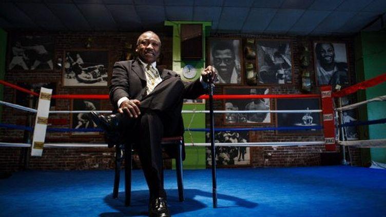 L'ancien boxeur Joe Frazier, le 18 mai 2009 à Philadelphie, aux Etats-Unis. (AL BELLO / GETTY IMAGES / AFP)