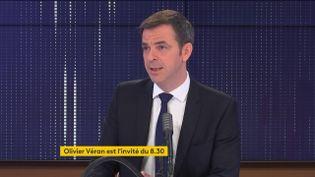 Olivier Véran, ministre des Solidarités et de la Santé, était l'invité de franceinfo le mardi 9 février 2021. (FRANCEINFO / RADIO FRANCE)