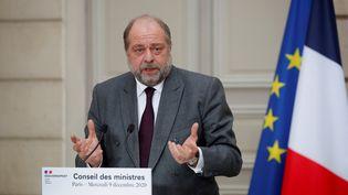 Le minstre de la Justice, Éric Dupond-Moretti lors d'une conférence de presse à l'Élysée, le 9 décembre 2020. (CHARLES PLATIAU / POOL)