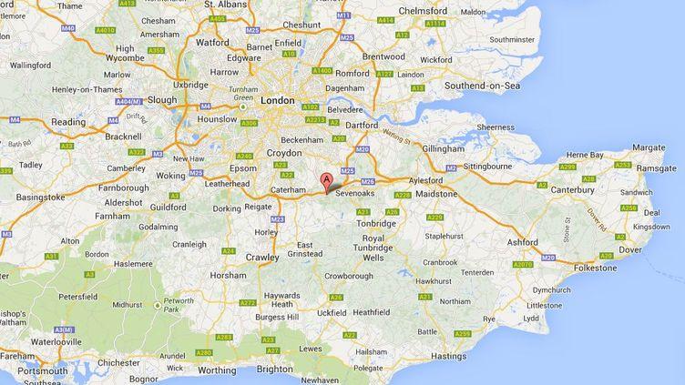 Un banquier à la retraite et son épouse ont harcelé pendant cinq ans la propriétaire de la maison voisine, une dame âgée, sourde et vivant seule à Westerham, un village du Kent, dans le sud de l'Angleterre. (GOOGLE MAPS / FRANCETV INFO )