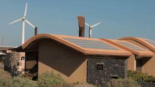 Une maison située dans le village 100% écologique au sud de Tenerife, en Espagne. (FRANCE 3)