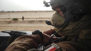 La cellule d'aide aux blessés de l'armée de Terre accompagne des soldats qui se renferment souvent sur eux-mêmes, quand ils subissent des blessures psychologiques. (DAPHNE BENOIT / AFP)