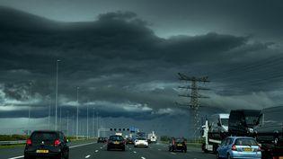 Une autoroute aux Pays-Bas entre Utrecht et Amsterdam (ROBIN VAN LONKHUIJSEN / ANP)