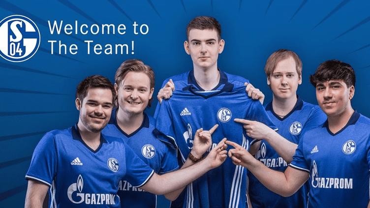"""La nouvelle formation """"eSport"""" de Schalke 04."""