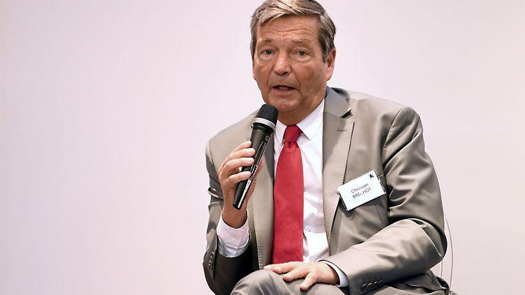 Le virologue Christian Bréchot, ancien directeur de l'Inserm et de l'Institut Pasteur, àVeyrier-du-Lac enHaute-Savoie (photo d'illustration). (JEAN-PIERRE CLATOT / AFP)