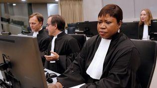 La procureure générale de la Cour pénale internationale,Fatou Bensouda, à la Haye le 27 septembre 2016, lors de la condamnation d'Ahmad al-Faqih al-Mahdi à neuf ans de prison pour la destruction des sanctuaires de Tombouctou au Mali, classés patrimoine mondial par l'UNESCO. (Bas Czerwinski/ANP/AFP)