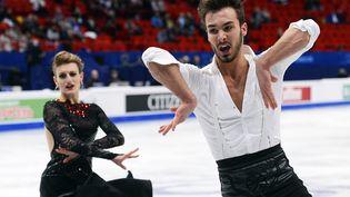 Gabriella Papadakis et Guillaume Cizeron lors du programme court de danse, jeudi 29 janvier 2015, aux championnats d'Europe de Stockholm (Suède). (JONATHAN NACKSTRAND / AFP)