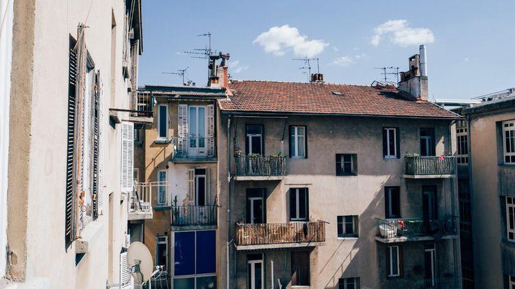 A Marseille, pendant le confinement, le 26 mars 2020. (LAURENT LE CRABE / HANS LUCAS / AFP)