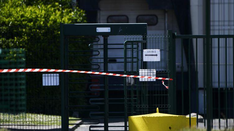 L'abatoir de la commune de Fleury-les-Aubrais dans le Loiret a été fermé après la découverte de 34 cas de Covid-19 chez les salariés de l'entreprise, le 17 mai 2020 (photo d'illustration). (PASCAL PROUST / MAXPPP)