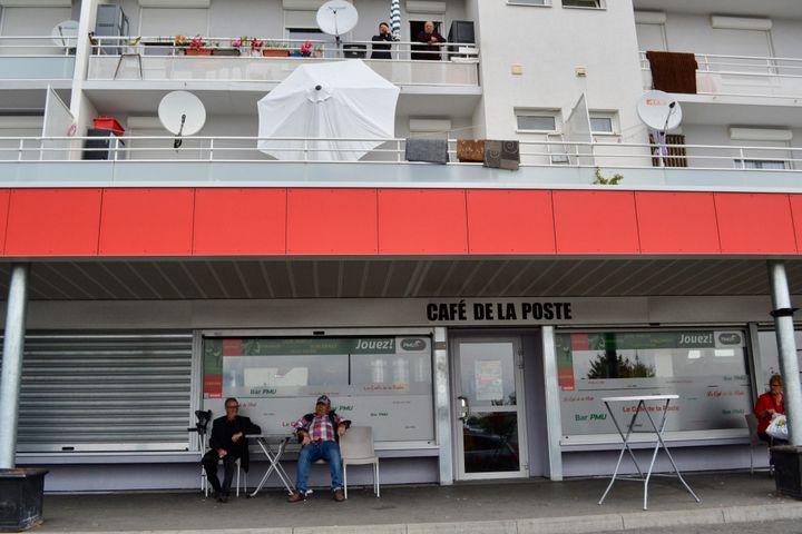 Le café de la Poste de Behren-lès-Forbach. (NOEMIE BONNIN / RADIO FRANCE)