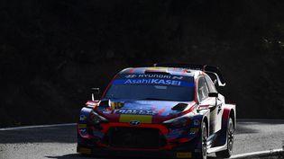 Sébastien Ogier pourrait obtenir son huitième titre de champion du monde des rallyes ce week-end. (PAU BARRENA / AFP)